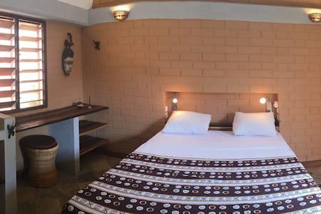 Hôtel Amédzépé, chambre Jeanne