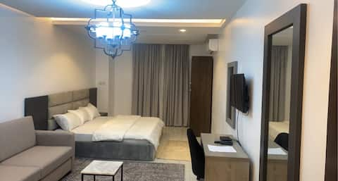 Luxury Apartments + Wi-Fi + Cable Tv +kitchen