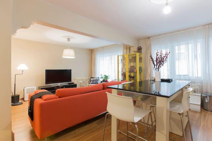Stylish 2bedroom with balcon&garden