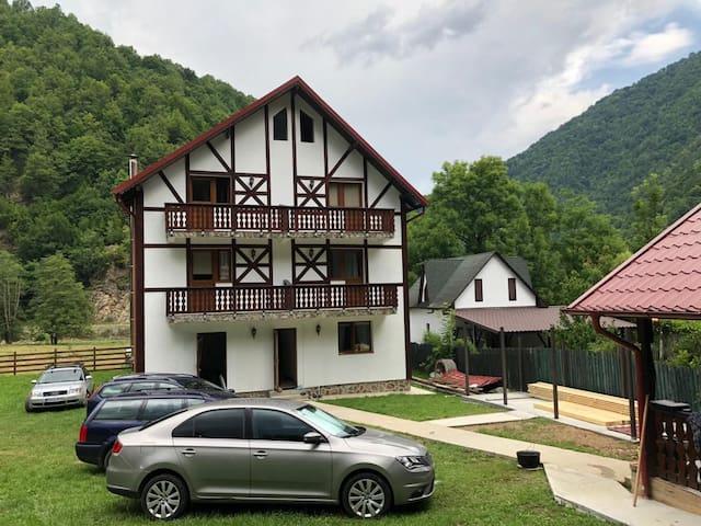 Mili's Residence, all season retreat, room nr. 4