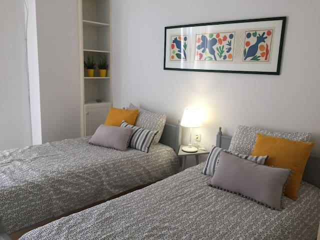 Small, Sunny Apartment in Loutraki