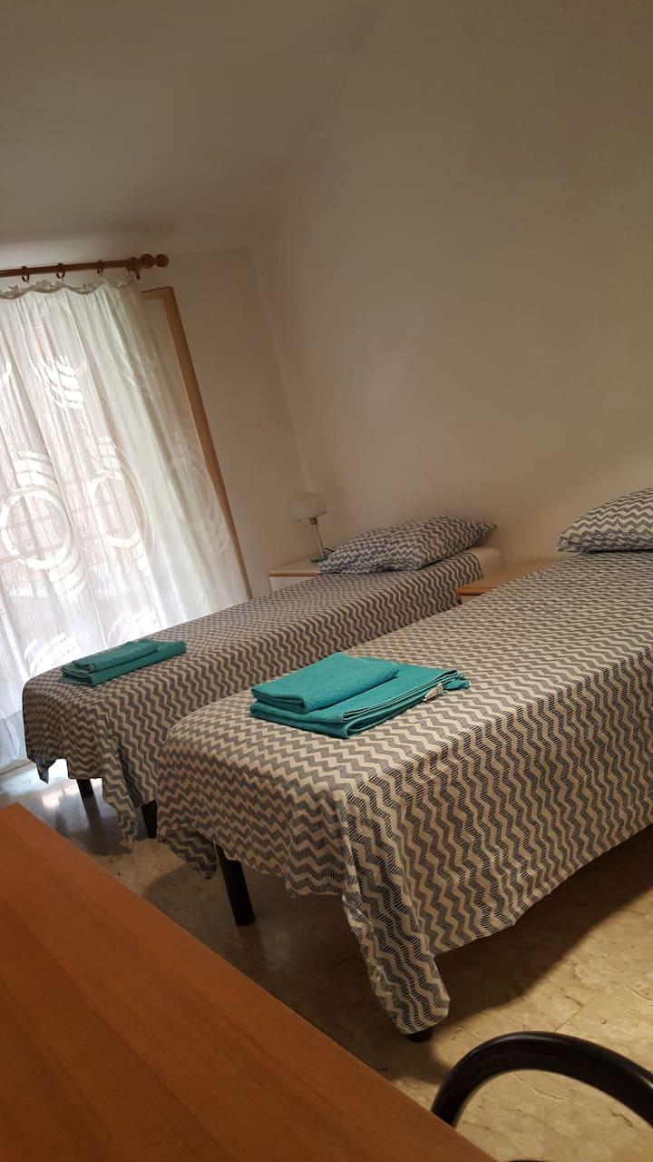 stanza privata in centro storico con bagno privato