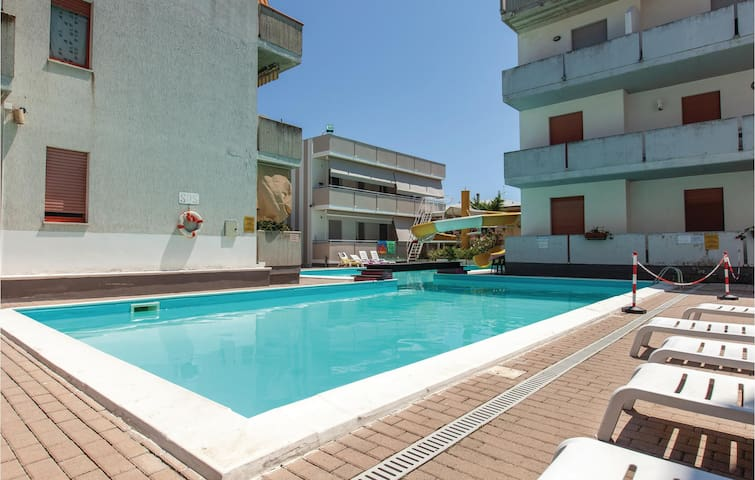 Holiday apartment with 1 bedroom on 40m² in Alba Adriatica