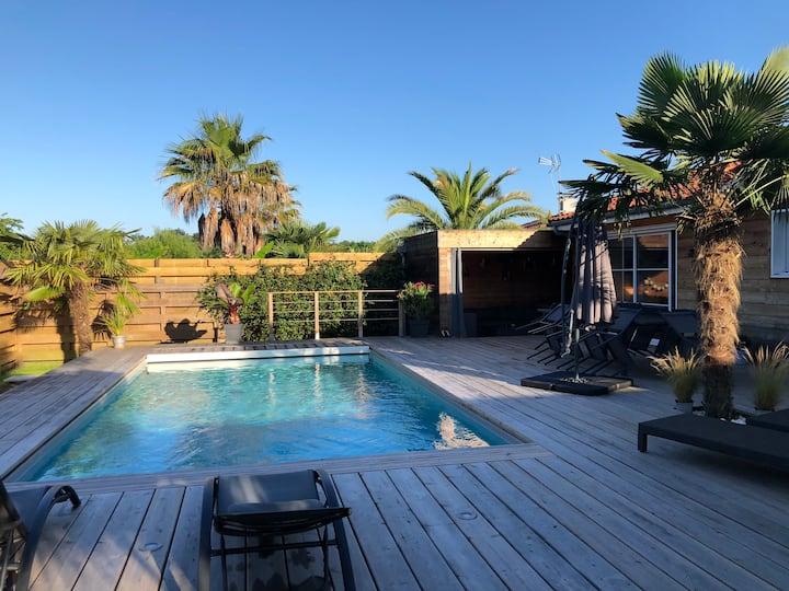 Jolie villa à 10 min des plages - Piscine chauffée