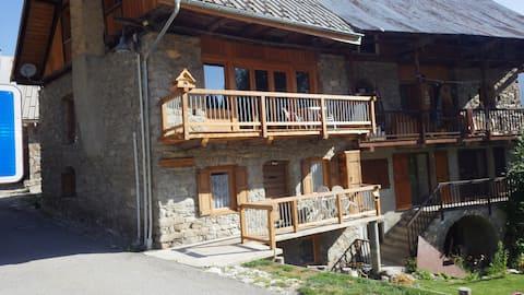 appartement 2 ch 6 pers de 60m2 centre village