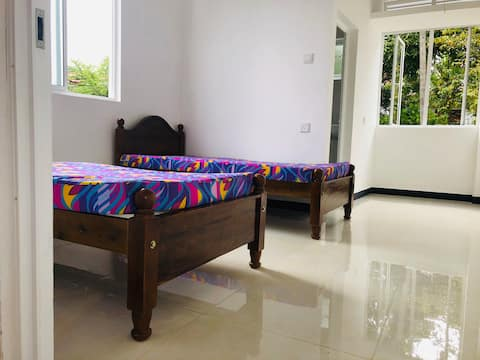 Modern Room, Private Use, Friendly Env, GemCity