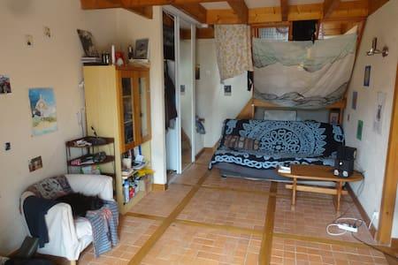 Propose logement gratuit à 30 min de Nantes