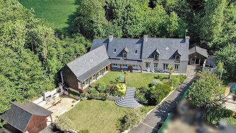 Fantastische Villa von 380 m2 mit Swimmingpool auf der Ranch