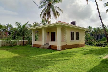 Riverside Nest @ Candola, 1BHK Countryside Stay