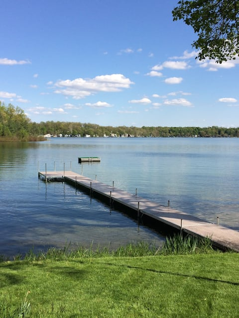 Lake Front Vacation Cottage - Southwest Michigan