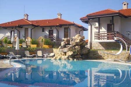 Luxury Villa on Sunny Beach, Bulgaria - Kosharitsa - Huoneisto