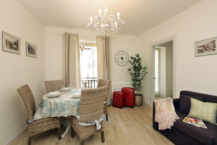 """Cavour 2"" New lovely apartment"