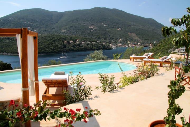 Sea Access - Luxury Amapola Villas - Phos