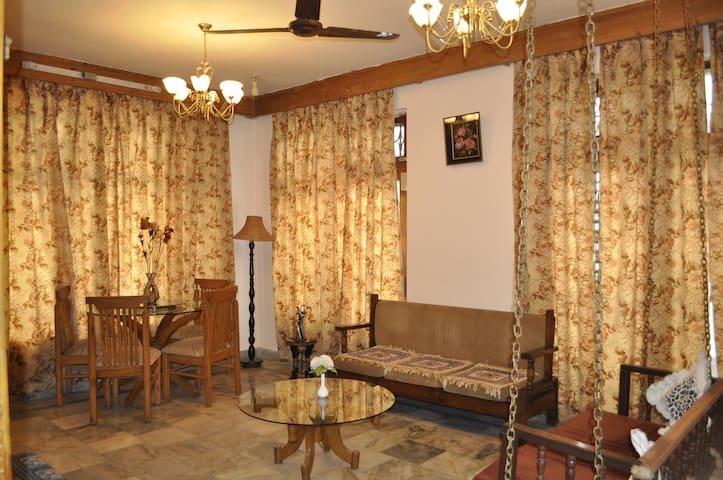 Common Area to relax and enjoy ambiance of the place