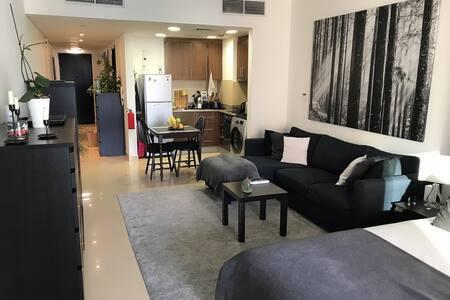 Stunning Studio at 5 Star Movenpick Hotel JLT