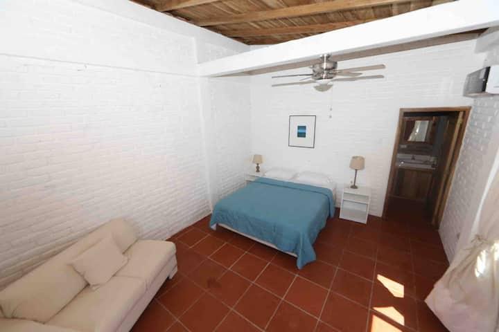 PACORI suite con AC cocina y comedor externo