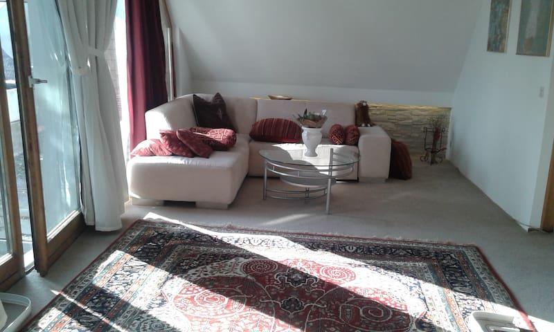 Wohnen für Individualisten beim Schleglerschloss - Heimsheim - Condominium