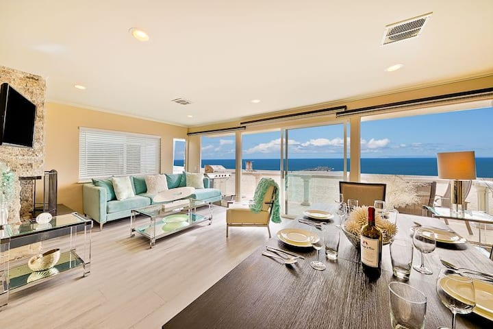 Upper Beach Front Escape – Unit B: amazing ocean views with Roku TV