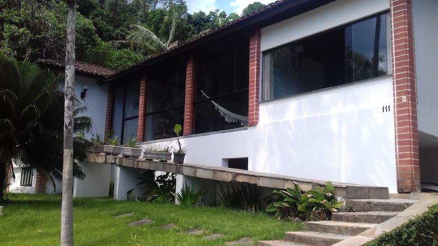 Casa em Maresias em condomínio