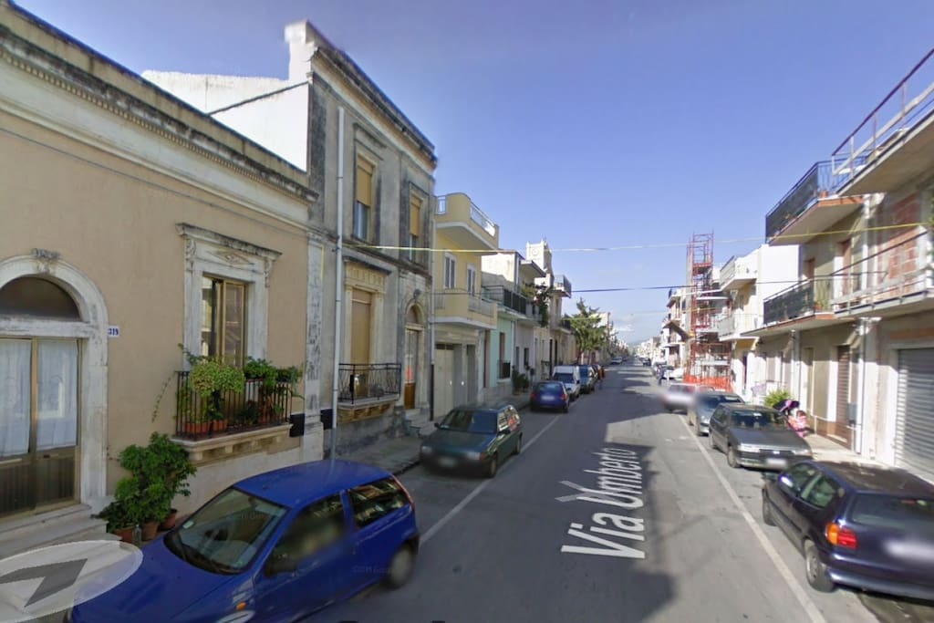 Via Umberto Google Map (2008)