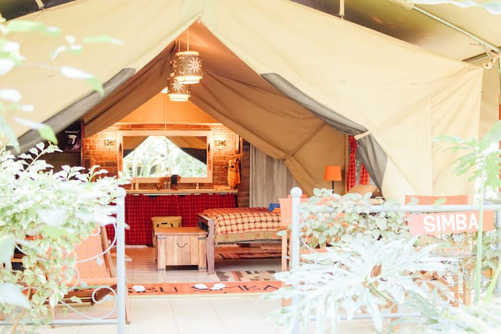 Simba Deluxe Tent Anga Afrika Luxury Boutique Camp