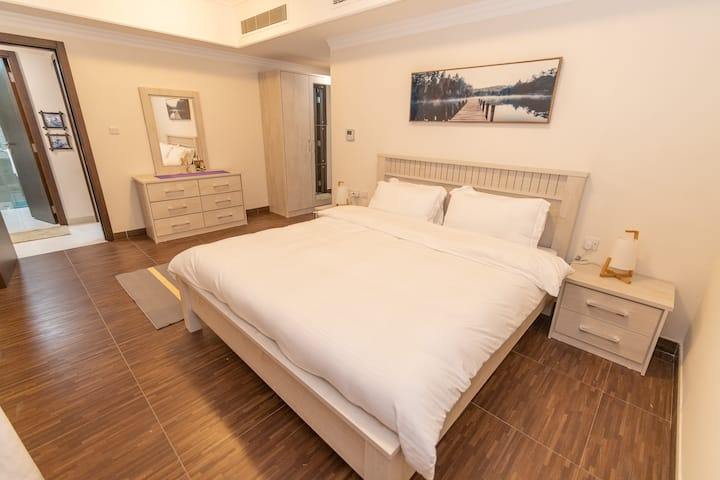 Prime apartment at heart of Muscat with free Wifi
