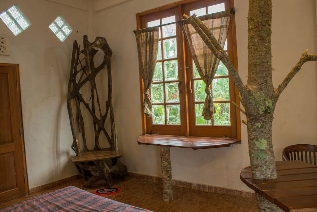 The room overlooks the coffee plantation