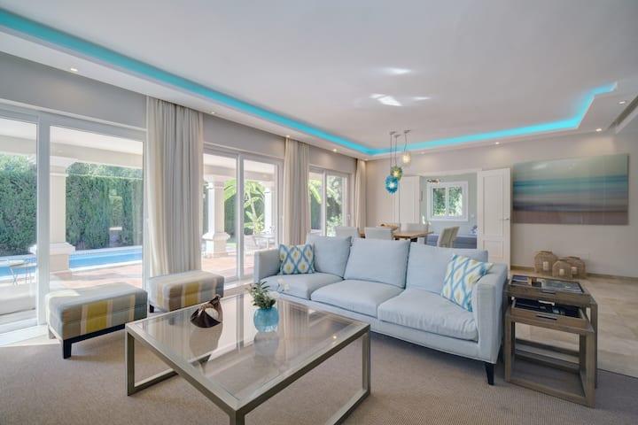 Cozy luxury: Villa Marbella area