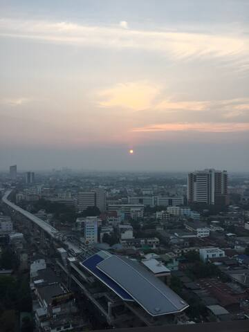 High rise condo next to Bangwa BTS, 6 stop2city - Bangkok - Társasház