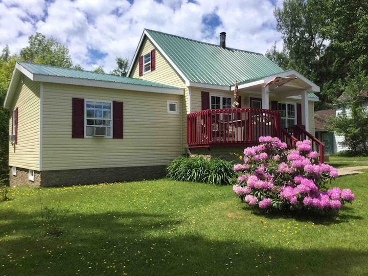 Mountain Sunrise Suite Located on Cabot Trail