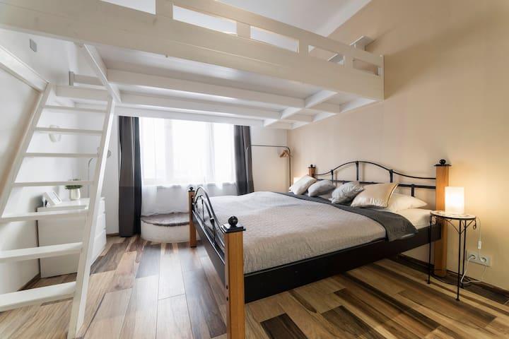 Bilkova 3 Old Town Luxury Apartment