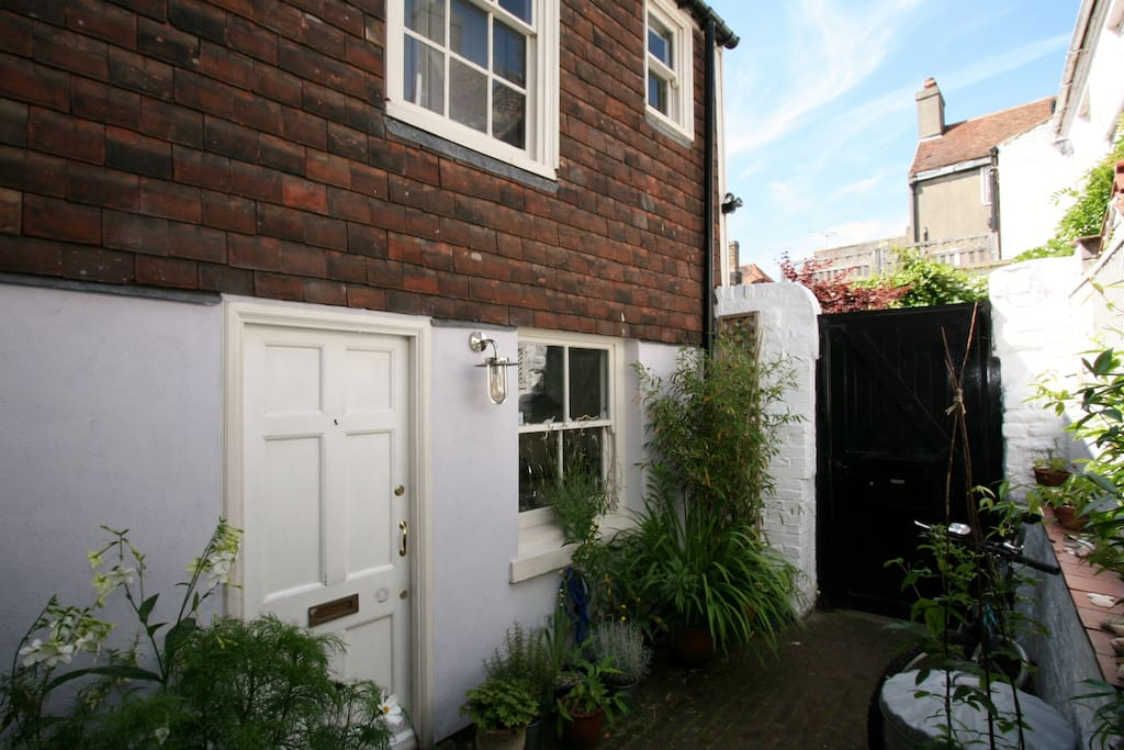 A completely private sun trap and only a minutes walk to many independent shops and amazing restaurants
