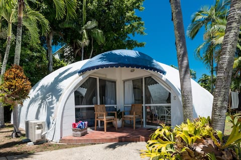 Beach Dome No.4 🌴 Beach Front 🐚 Free Wifi 🙌🏼