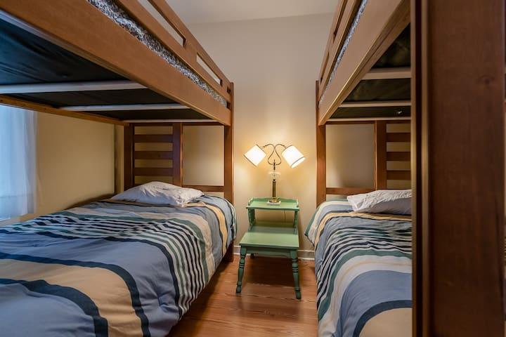 Kid's Room w/Double Twin Bunk Beds - Bedroom 6 of 6