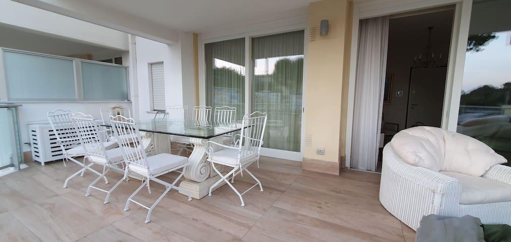 Appartamento lusso posto auto terrazzo panoramico