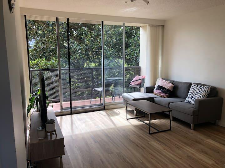 Sunny 1 Bedroom Apartment