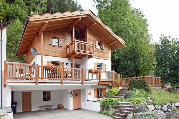 Upscale Chalet in Wald im Pingzau with Indoor Pool & Sauna