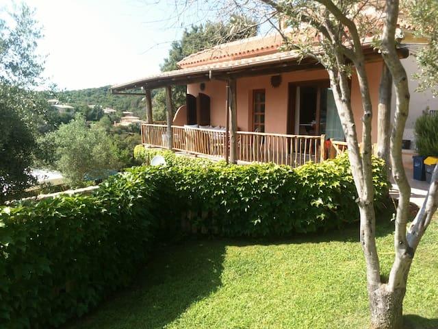 Casa con vista a San Pantaleo