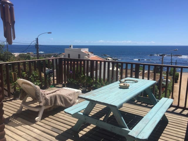 Cozy apartment in front of the sea. - cabaña 5 - Byt
