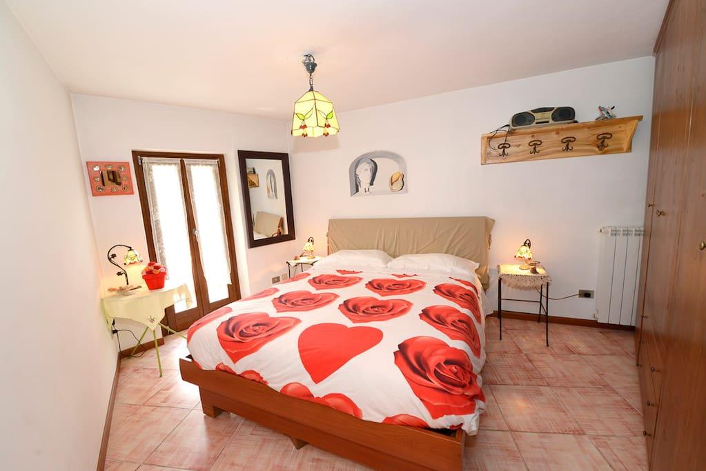 La casa del cuore con balcone e 2 bagni appartamenti in for 2 bagni piccola casa