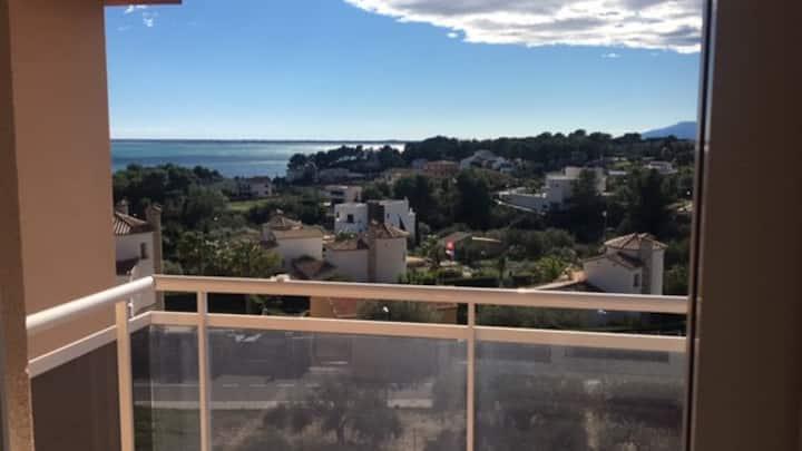 Preciosas vista mar y montaña, Wifi free. Cap Roig