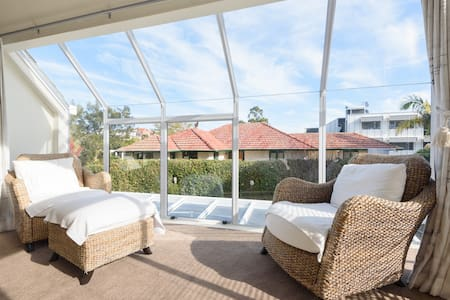 Mission Bay Beach - 3  bedrooms