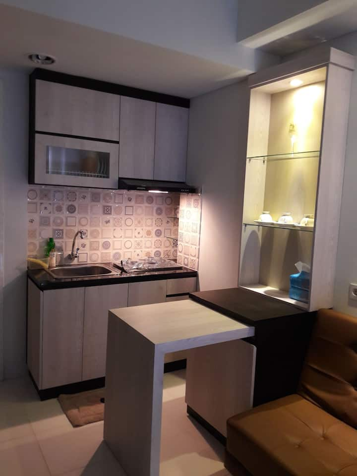 A Cozy 2BR Corner Condo in the Heart of Tangerang