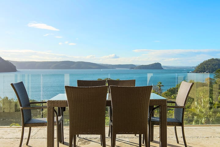 COLLINS HOUSE by Palm Beach Holiday Rentals