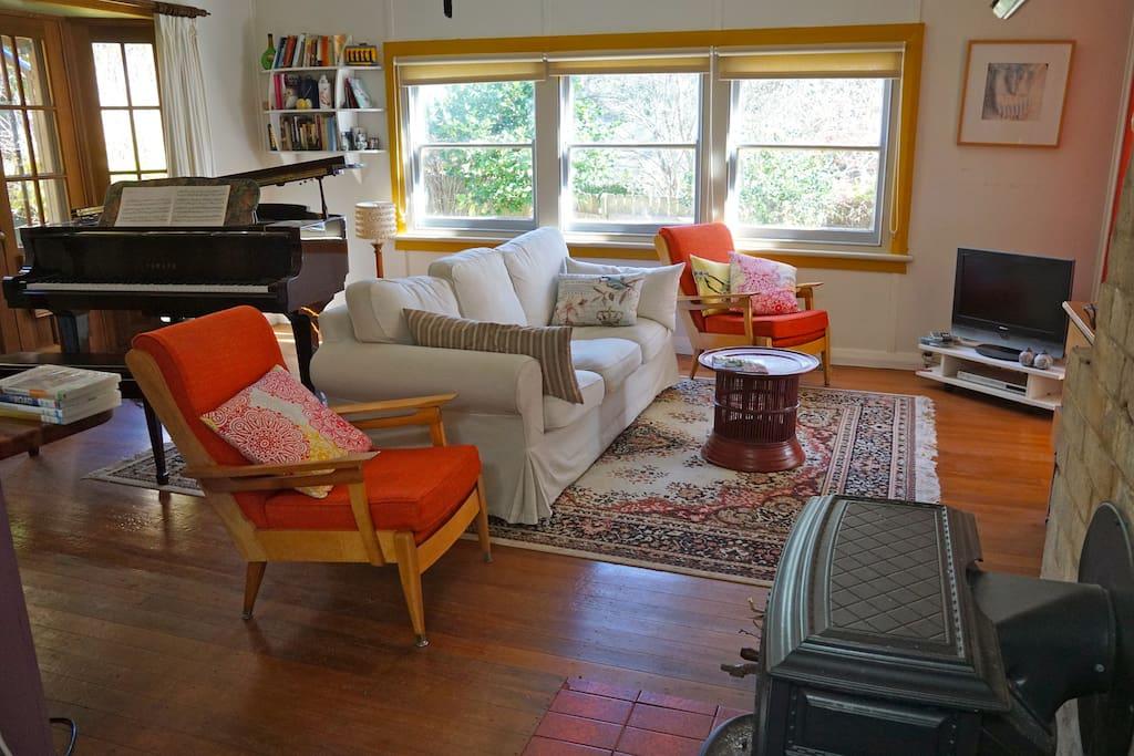 The loungeroom