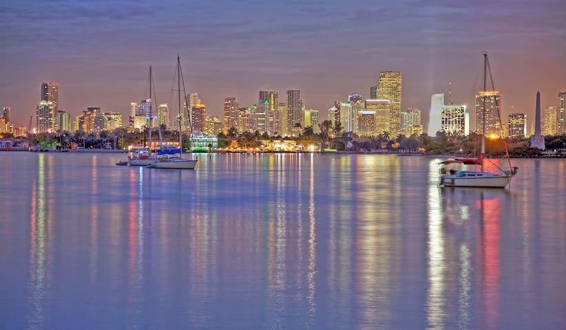 luxury resort south beach - Miami Beach