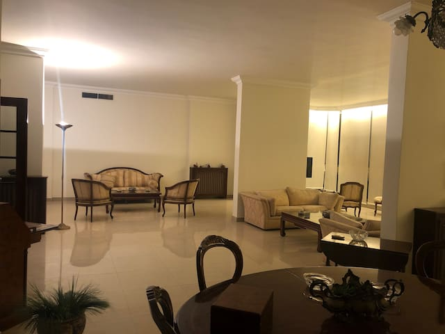 Spacious Apartment of 340m2 for Rent in Badaro