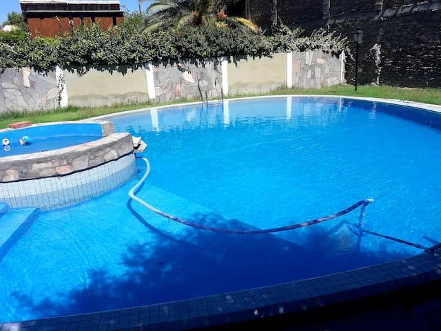 depto con piscina única!!