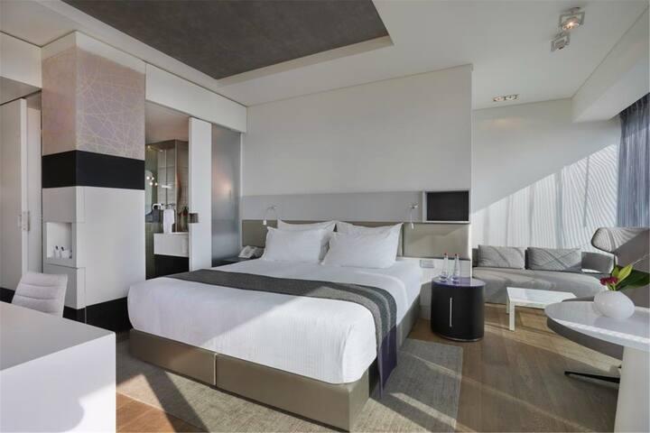 Opera Apartments - Alameda