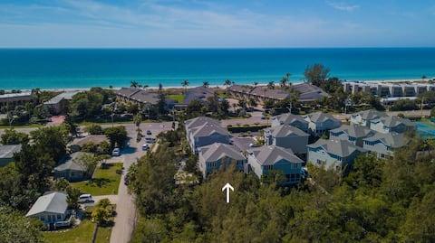 Beach, Pool, Bikes, Tennis Luxury Resort